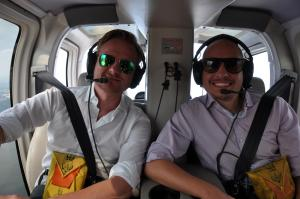 Best Helicopter Ride Over New York - Tino & Steffen