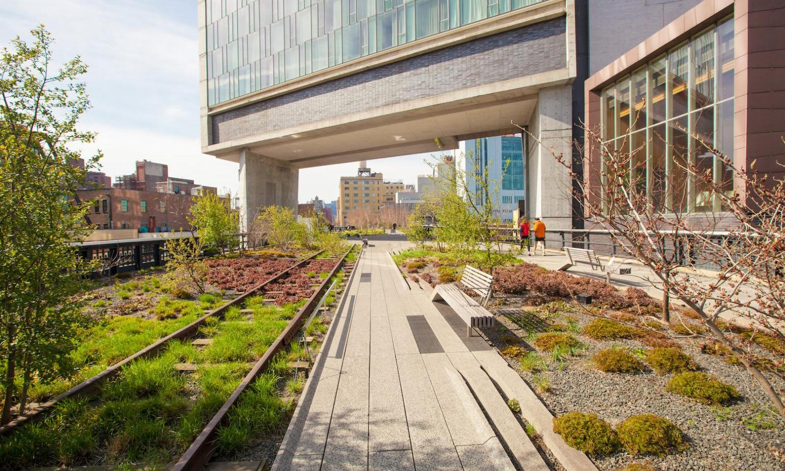 the high line park nyc the public park in the sky. Black Bedroom Furniture Sets. Home Design Ideas
