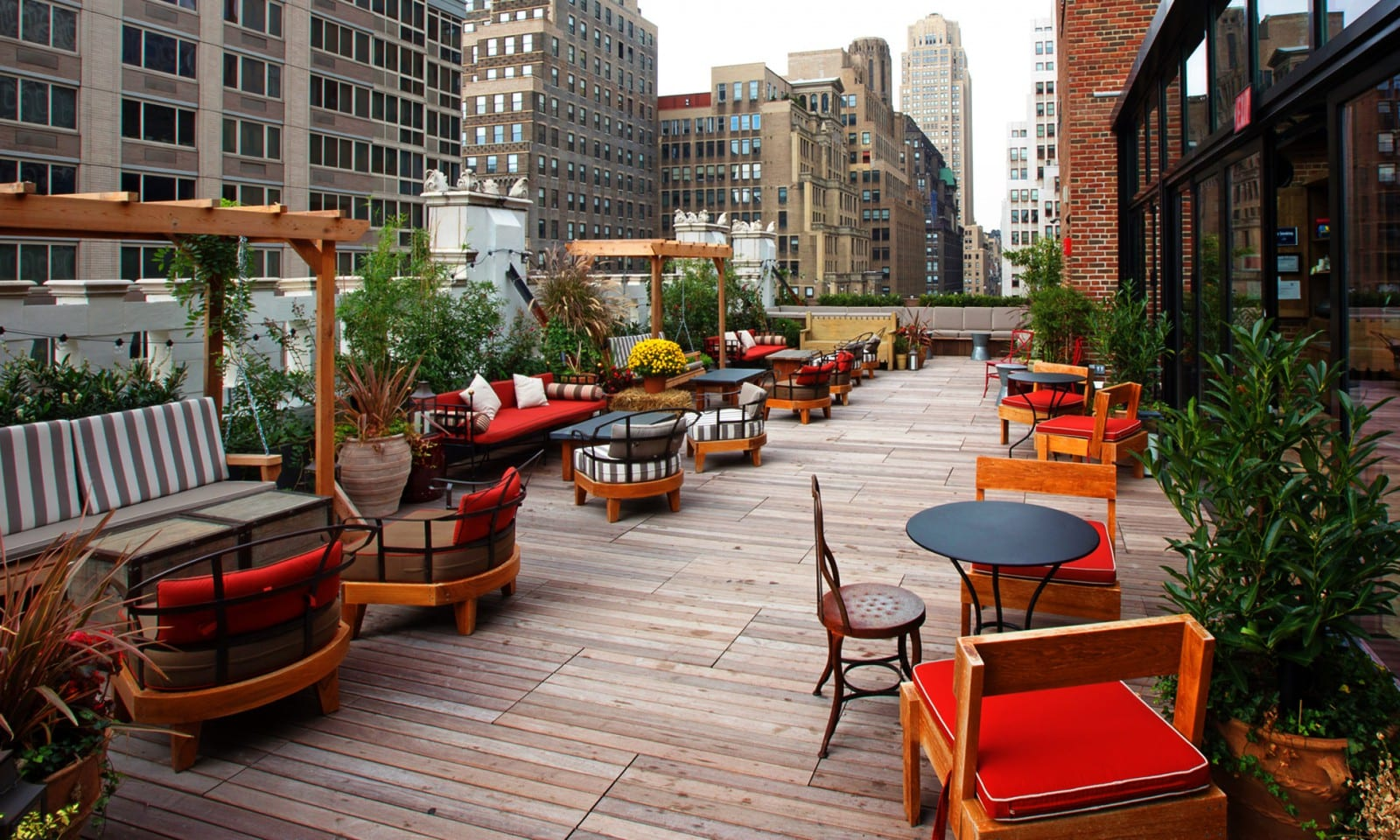 the best rooftop bars in new york. Black Bedroom Furniture Sets. Home Design Ideas