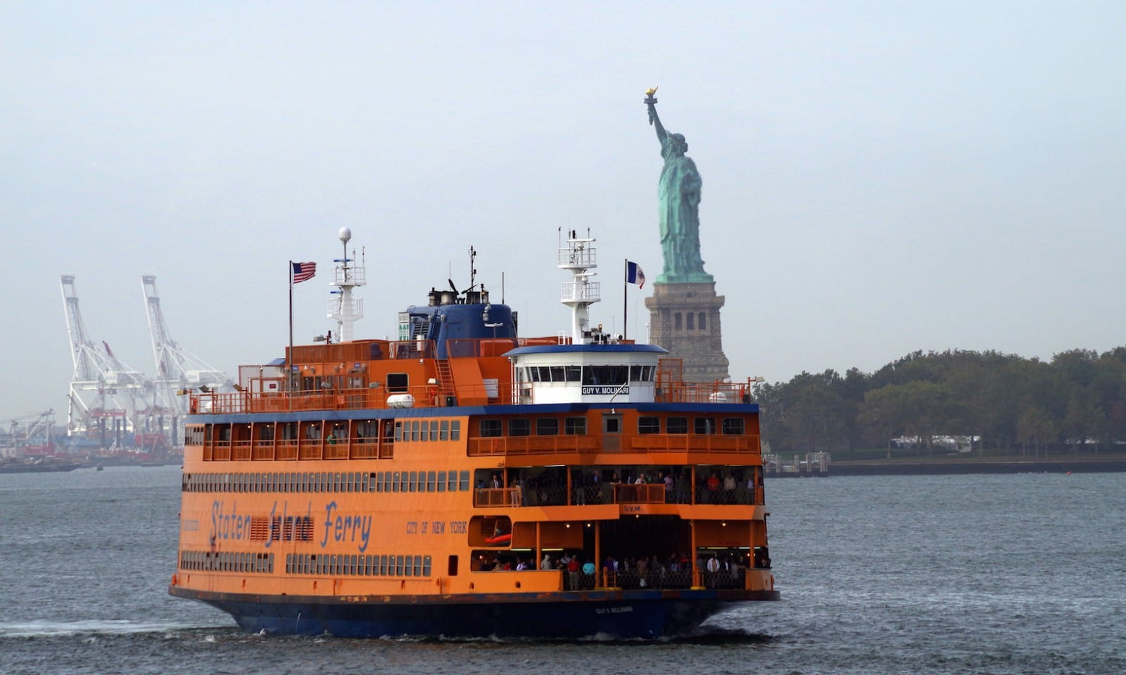 Take Staten Island Ferry To See Statue Of Liberty