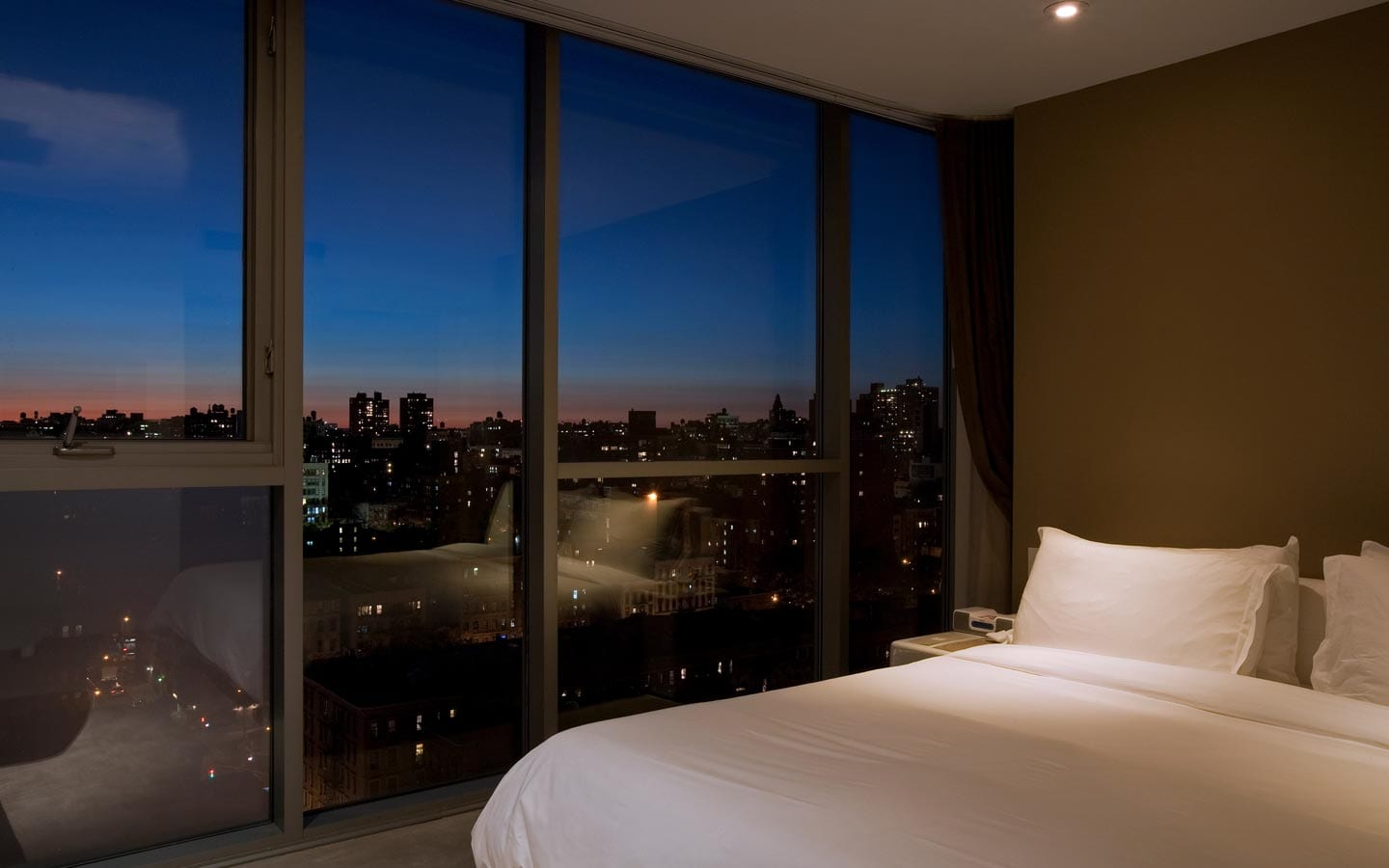 Hotel On Rivington Skyline Views From Your Bed
