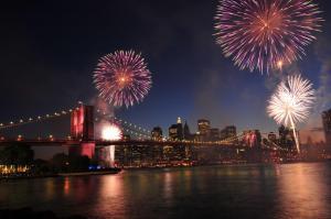 NYC NYE Circle Line Fireworks Cruise