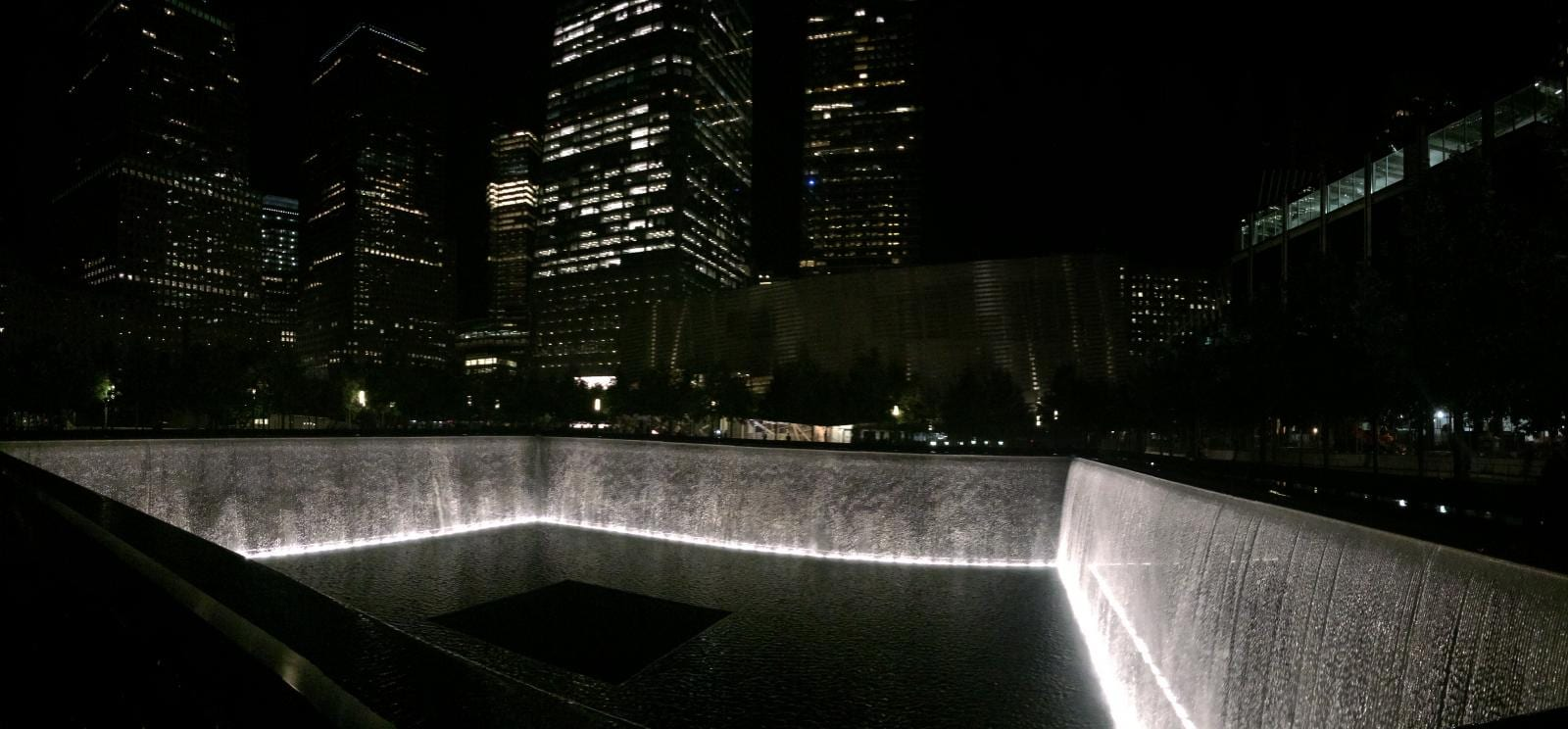 one-world-trade-center-911-memorial-160922120838001