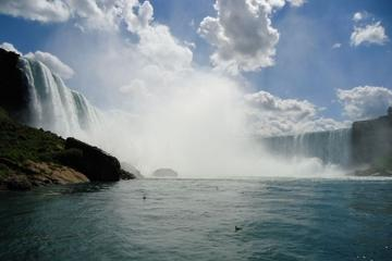 niagara-falls-day-trip-from-new-york-by-air-in-new-york-city-117420-2