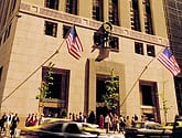 tiffany's & co. store from outside on 5th avenue