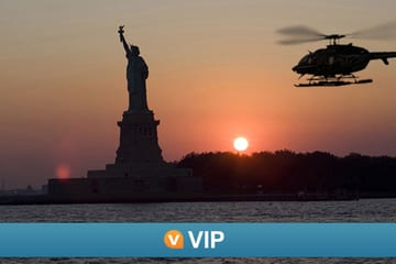 viator-vip-nyc-evening-helicopter-flight-and-statue-of-liberty-cruise-in-new-york-city-180312
