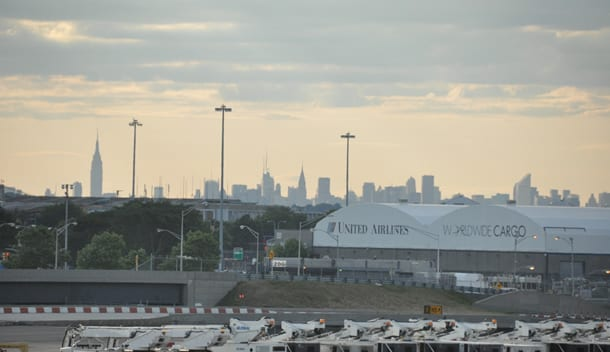 New york airports transfer options your way into the city for Hotels near jf kennedy airport