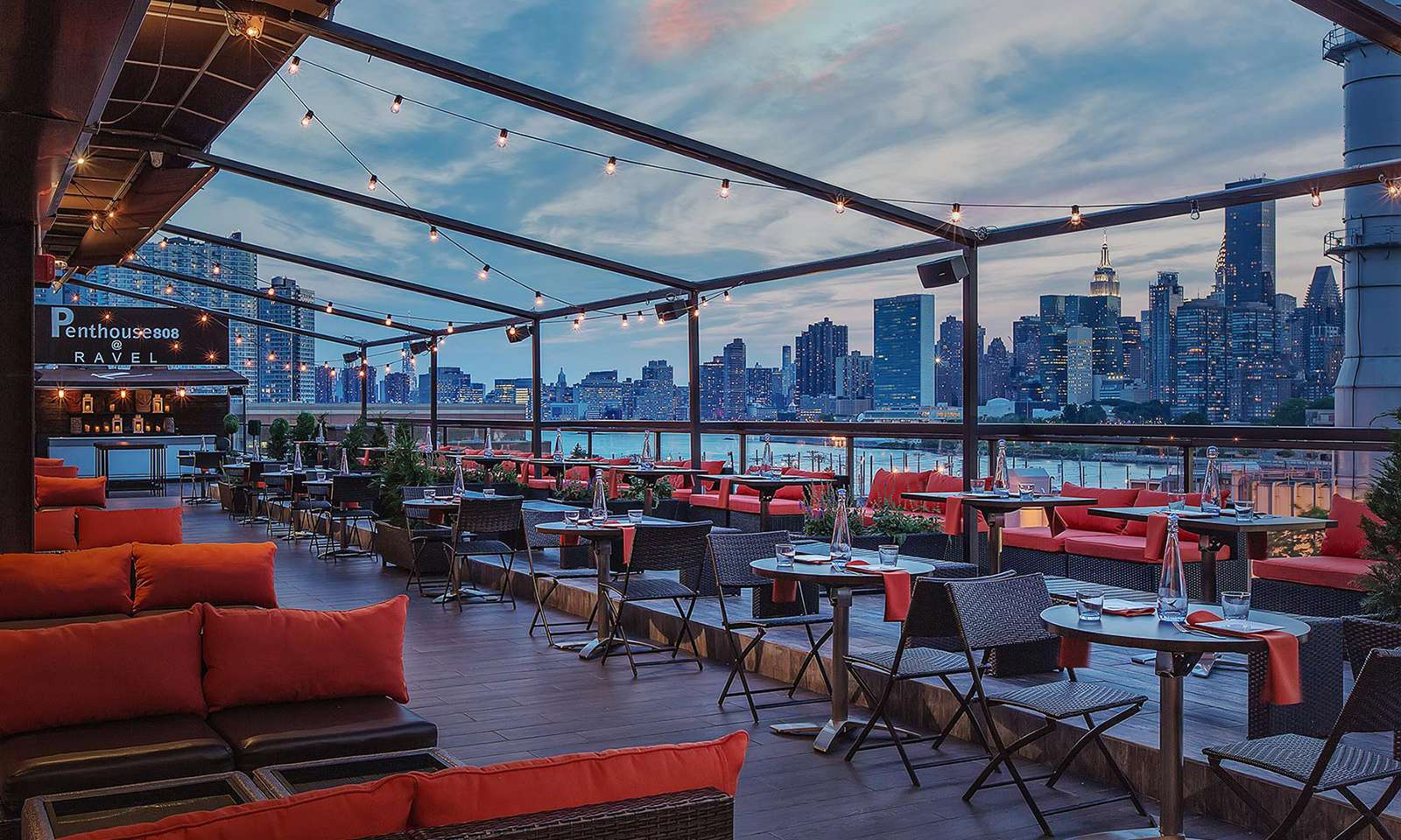 Penthouse808 Rooftop Bar and Lounge in Queens