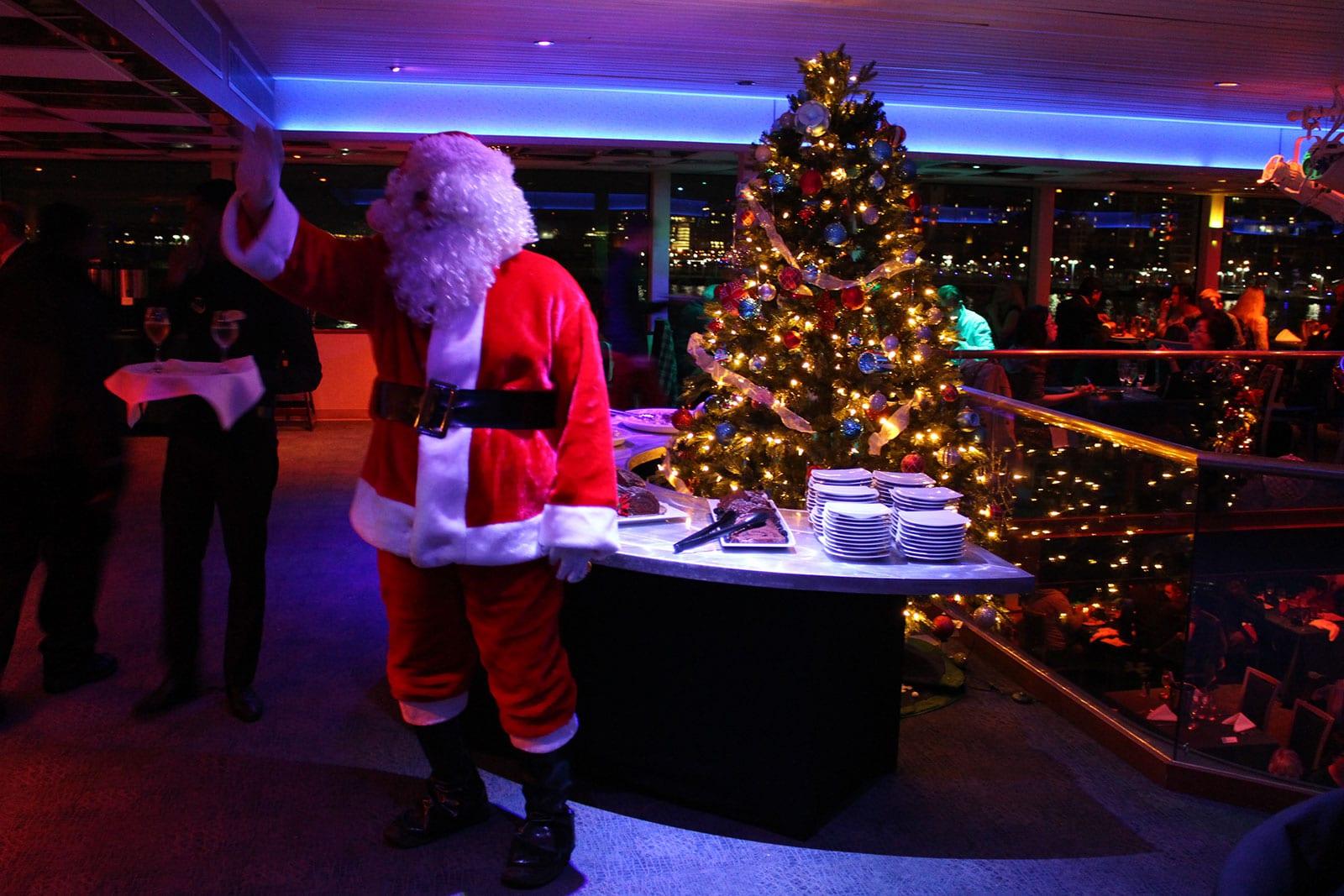 Santa's Christmas Eve Dinner Cruise4