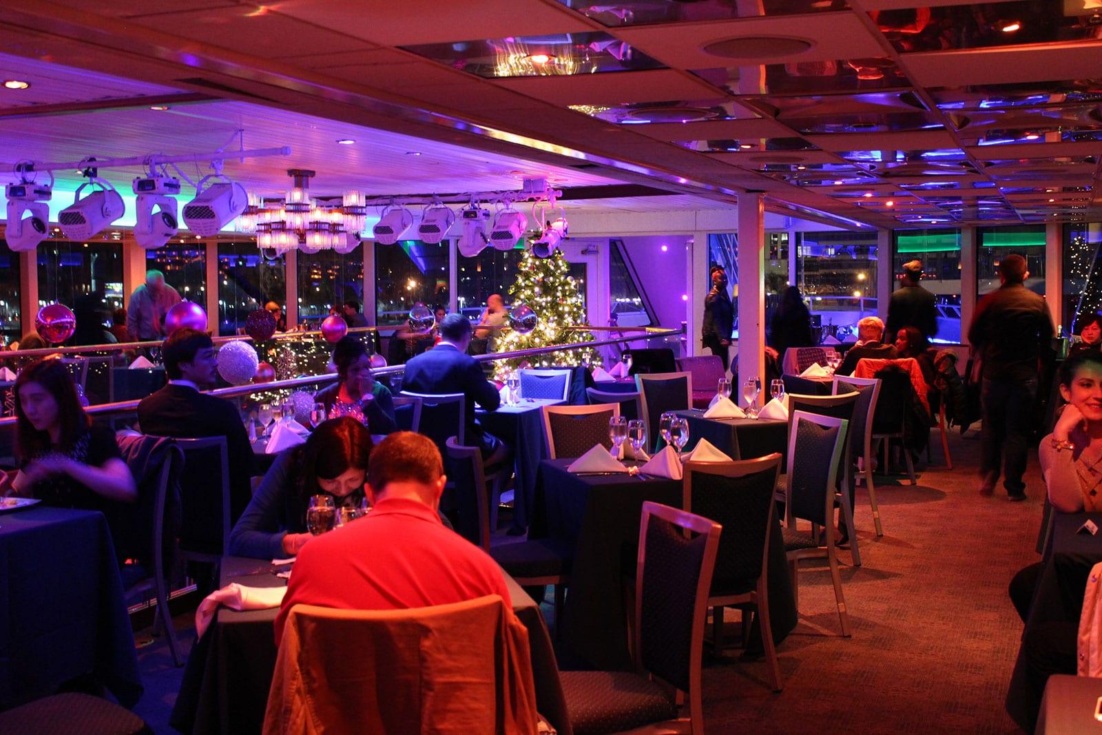 Santa's Christmas Eve Dinner Cruise6