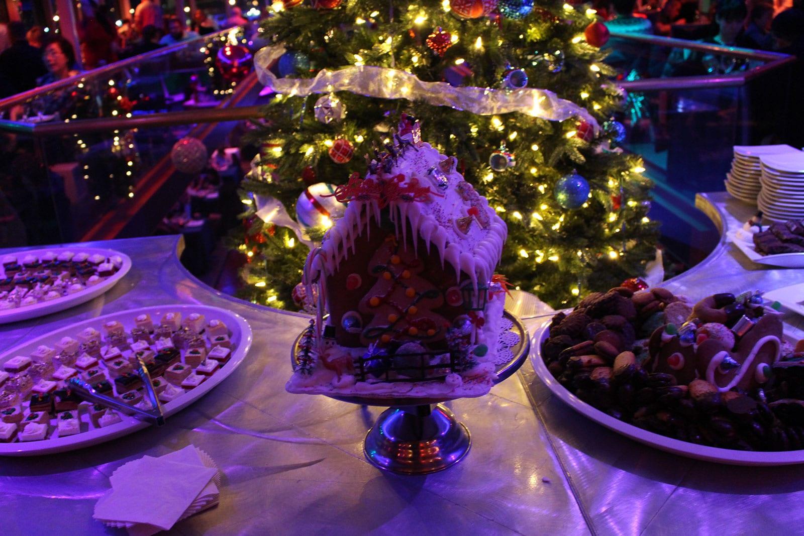 Santa's Christmas Eve Dinner Cruise7