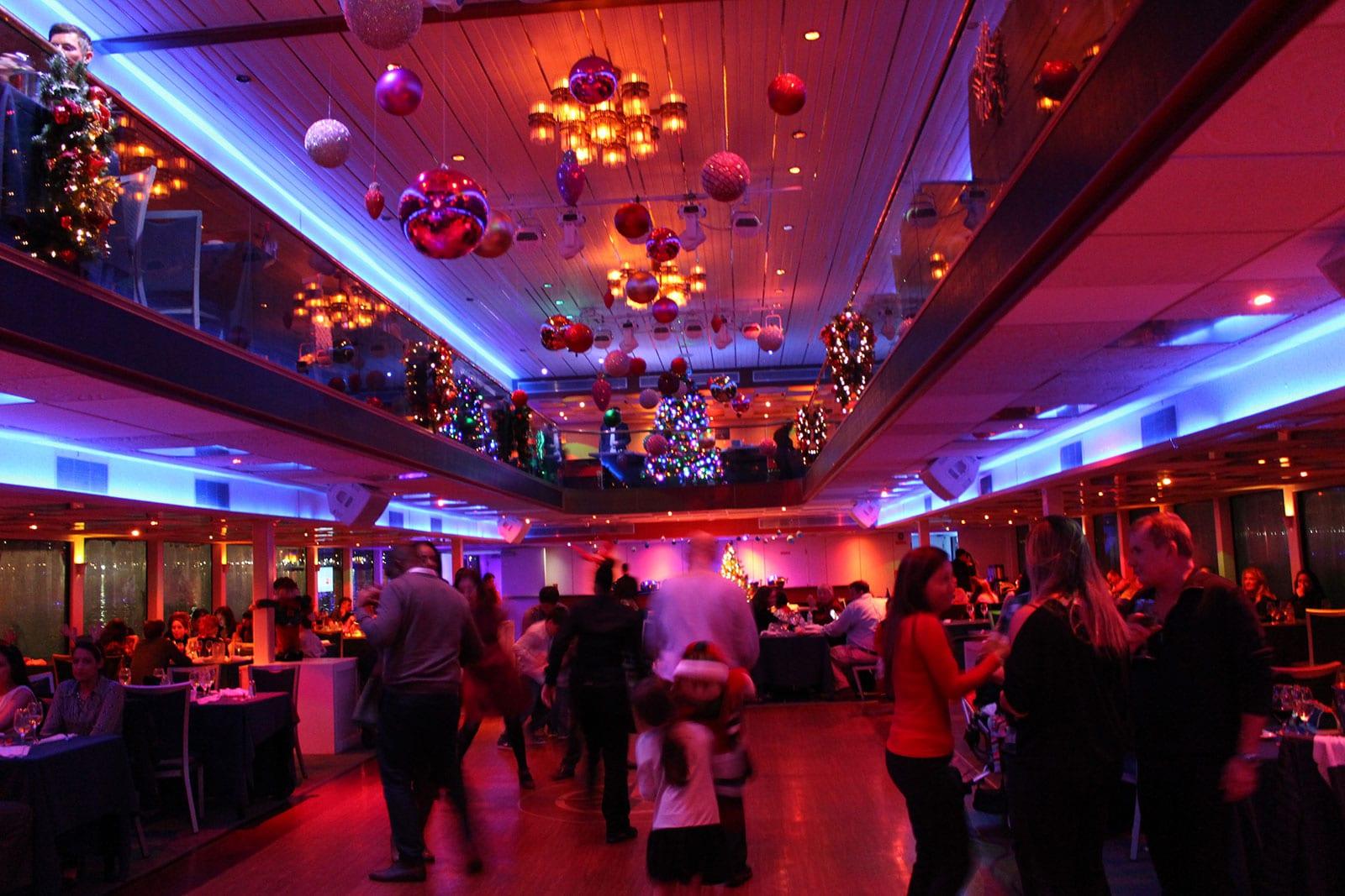 Santa's Christmas Eve Dinner Cruise8