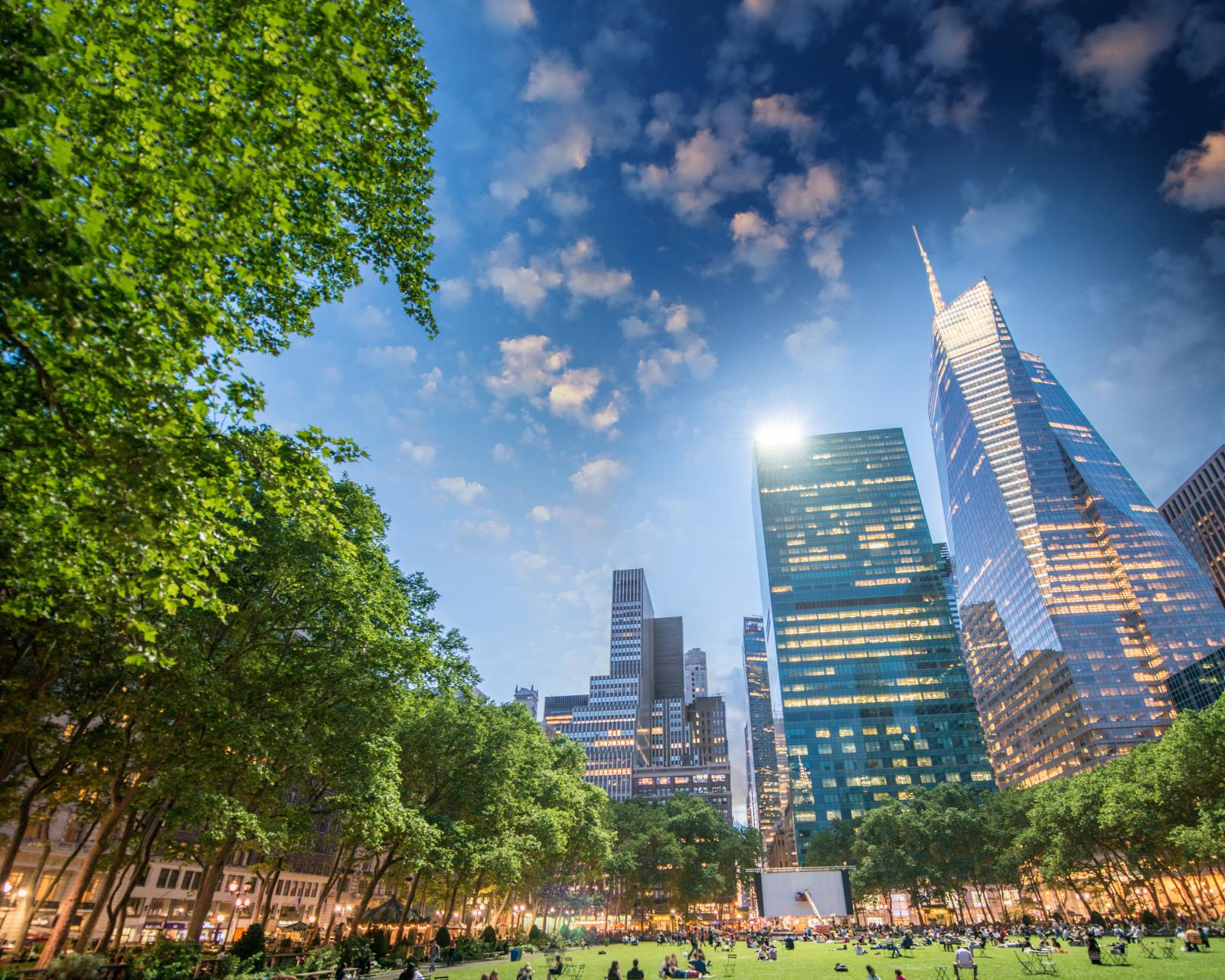 Top 10 FREE things to do NYC Bryant Park