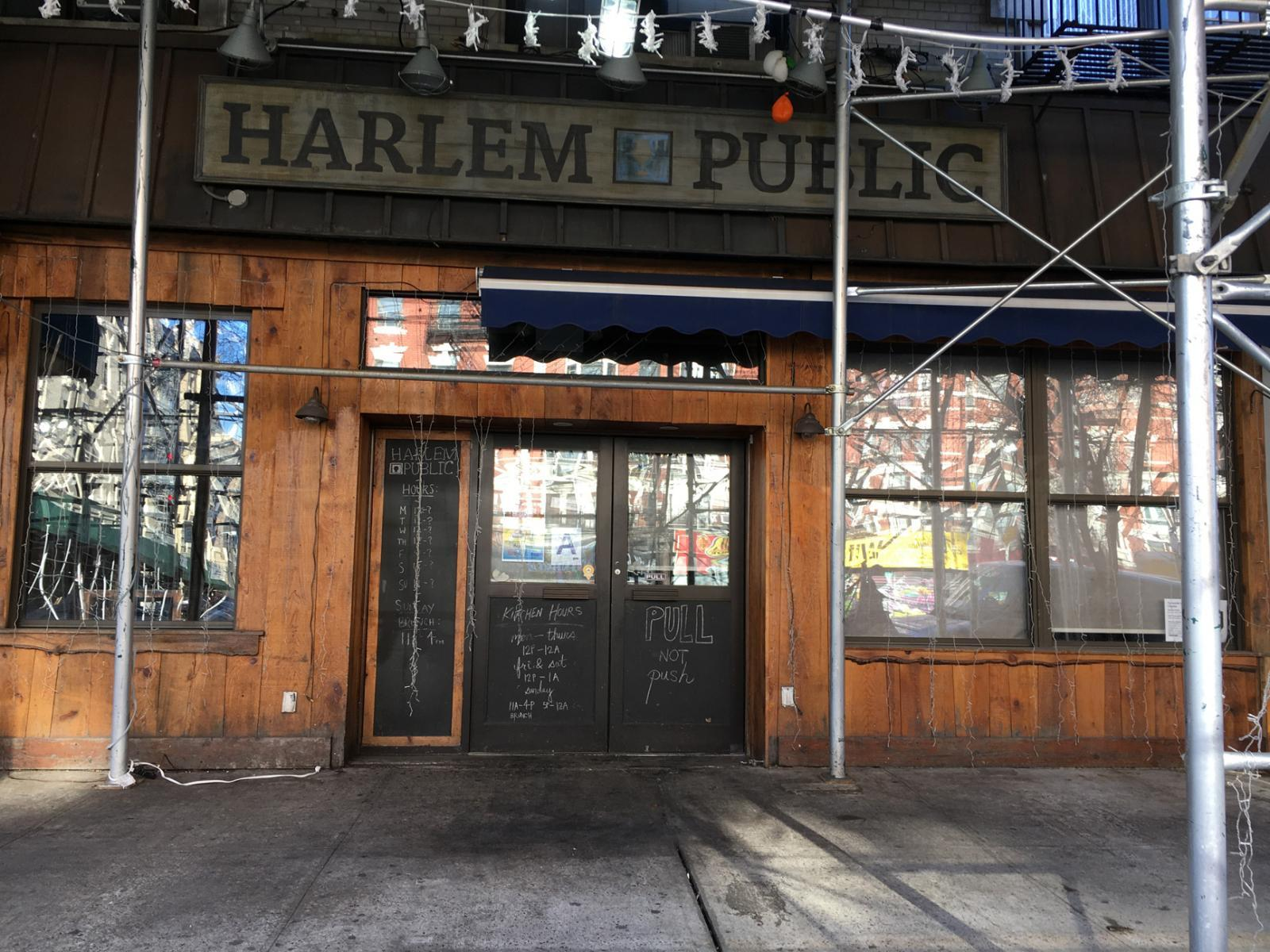 The top 3 harlem sports bars where to watch games in for Food bar harlem