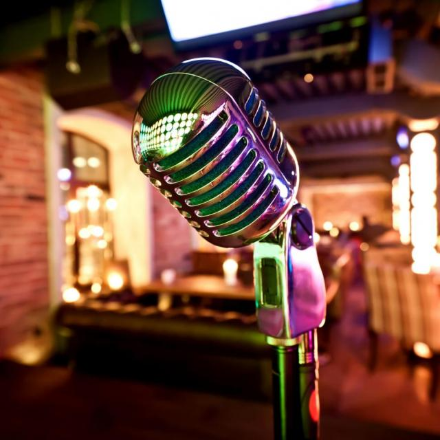 Get A Laugh At These Top 5 Comedy Clubs In NYC