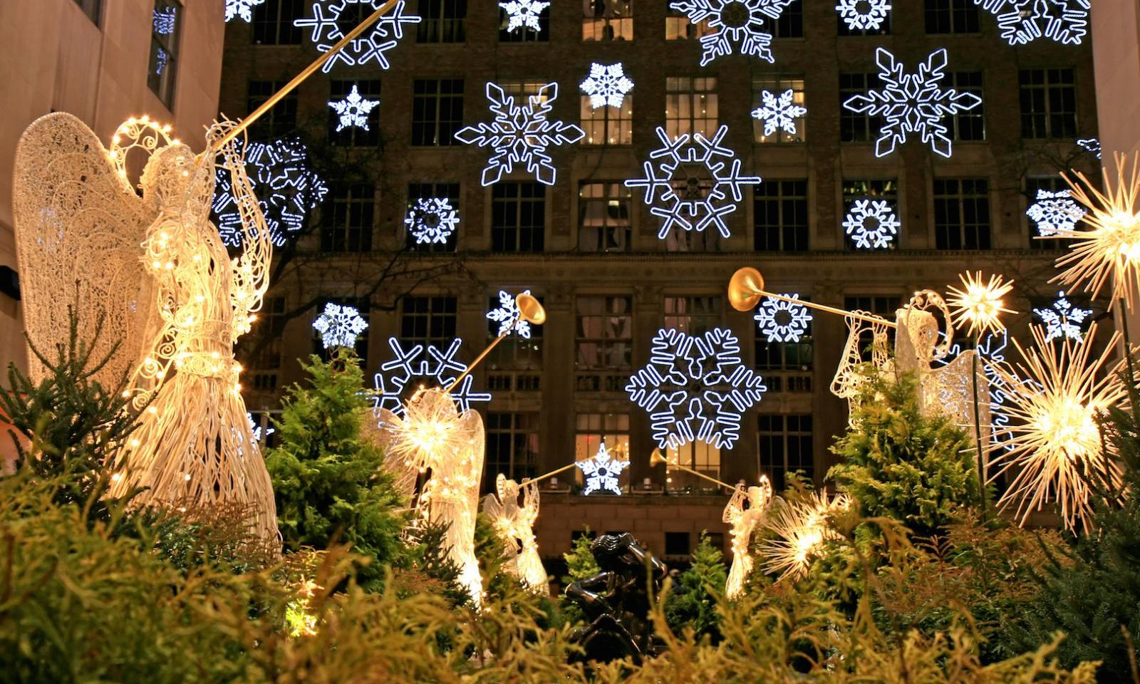 New York City Christmas Tree Lighting 2020 ▷ The Christmas Tree at Rockefeller Center 2020 | A New York