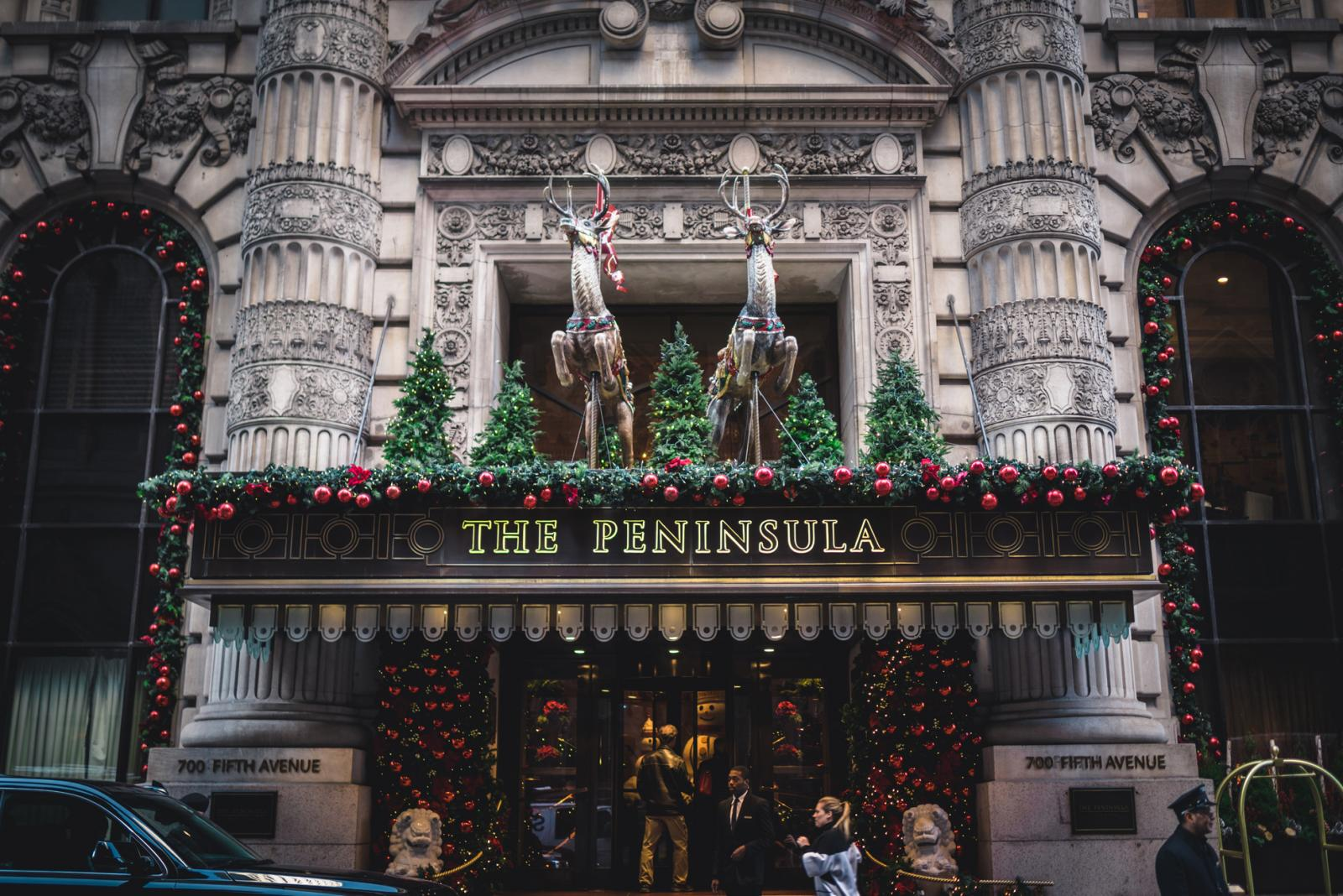 Holiday Windows in New York