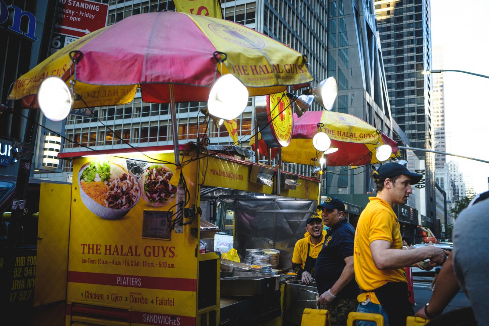 The Best Street Food in NYC – Food Trucks and Carts