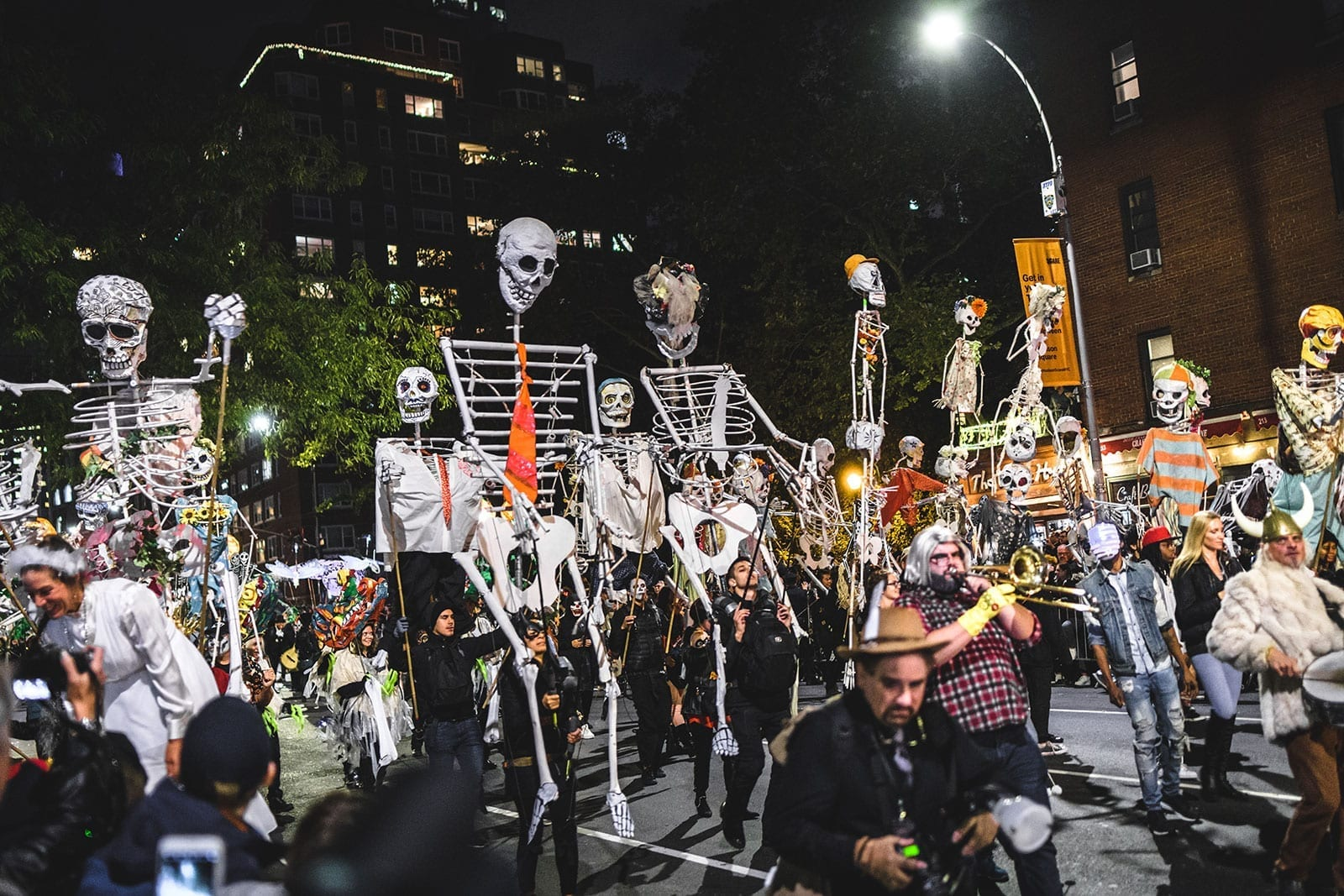 New York City Halloween Parade.Village Halloween Parade In Nyc Guide Incl How To March In 2019