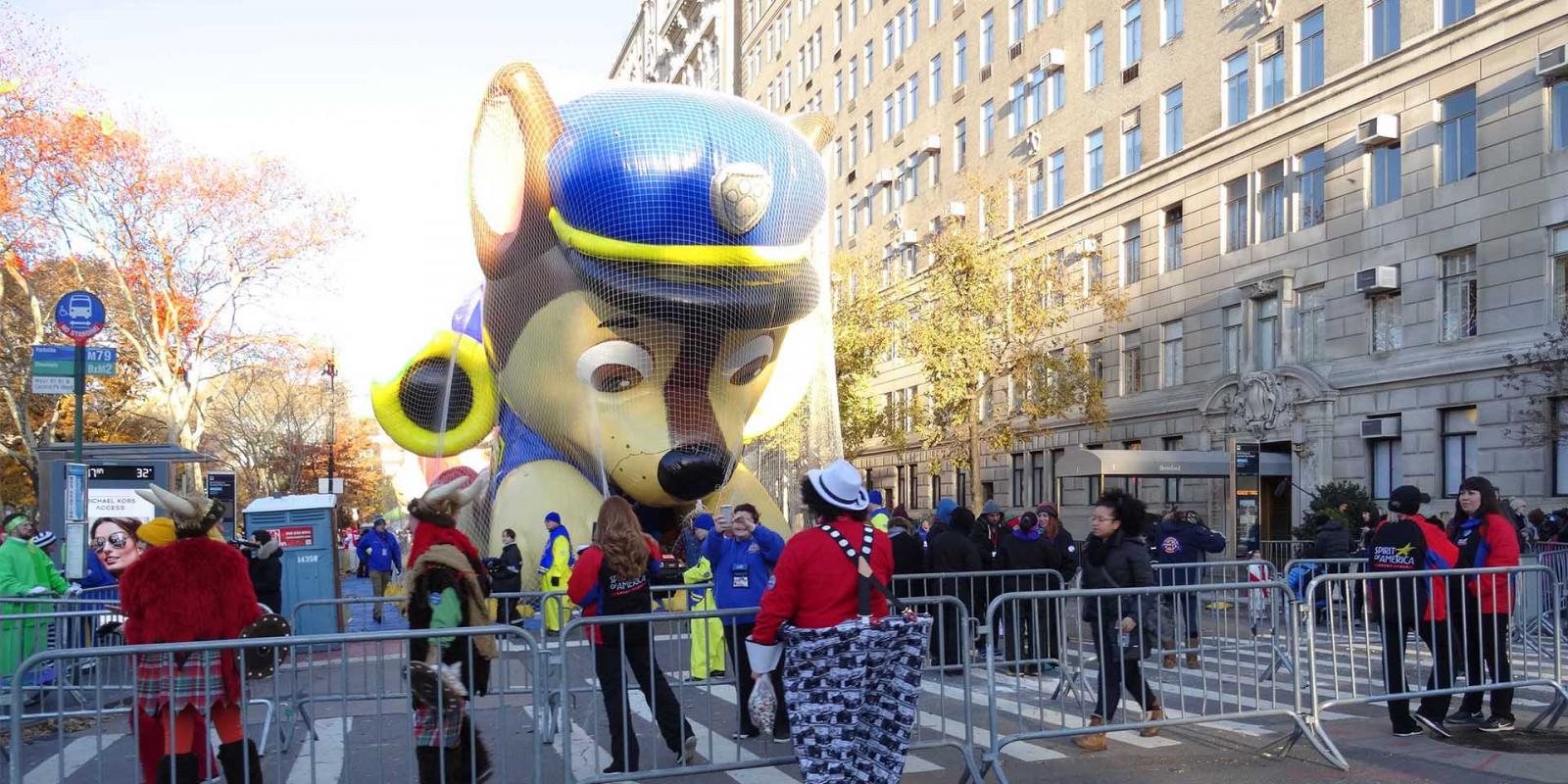 Thanksgiving Day Parade New York 2019 ▷ Macy's Thanksgiving Day Parade 2019 | With Parade Route Map