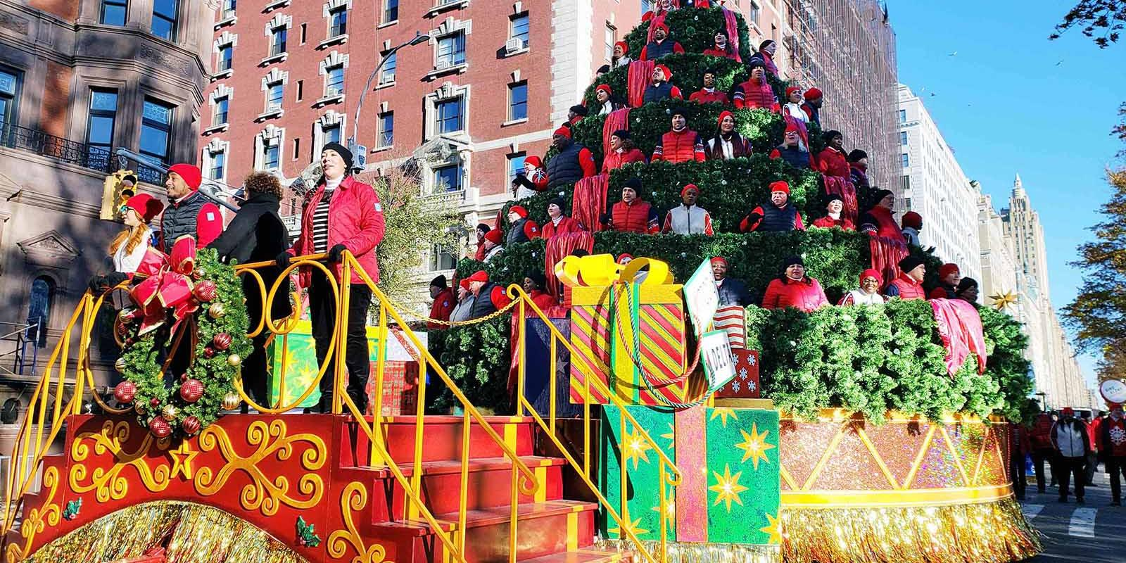 Christmas Day Parade.Macy S Thanksgiving Day Parade 2019 Info Photos