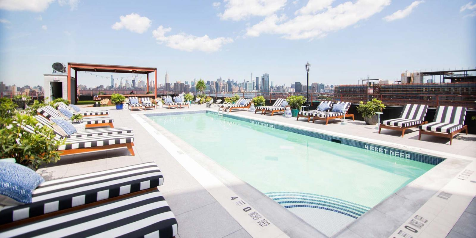 ▷ Our 6 Favorite Hotels with Pools in NYC 2019