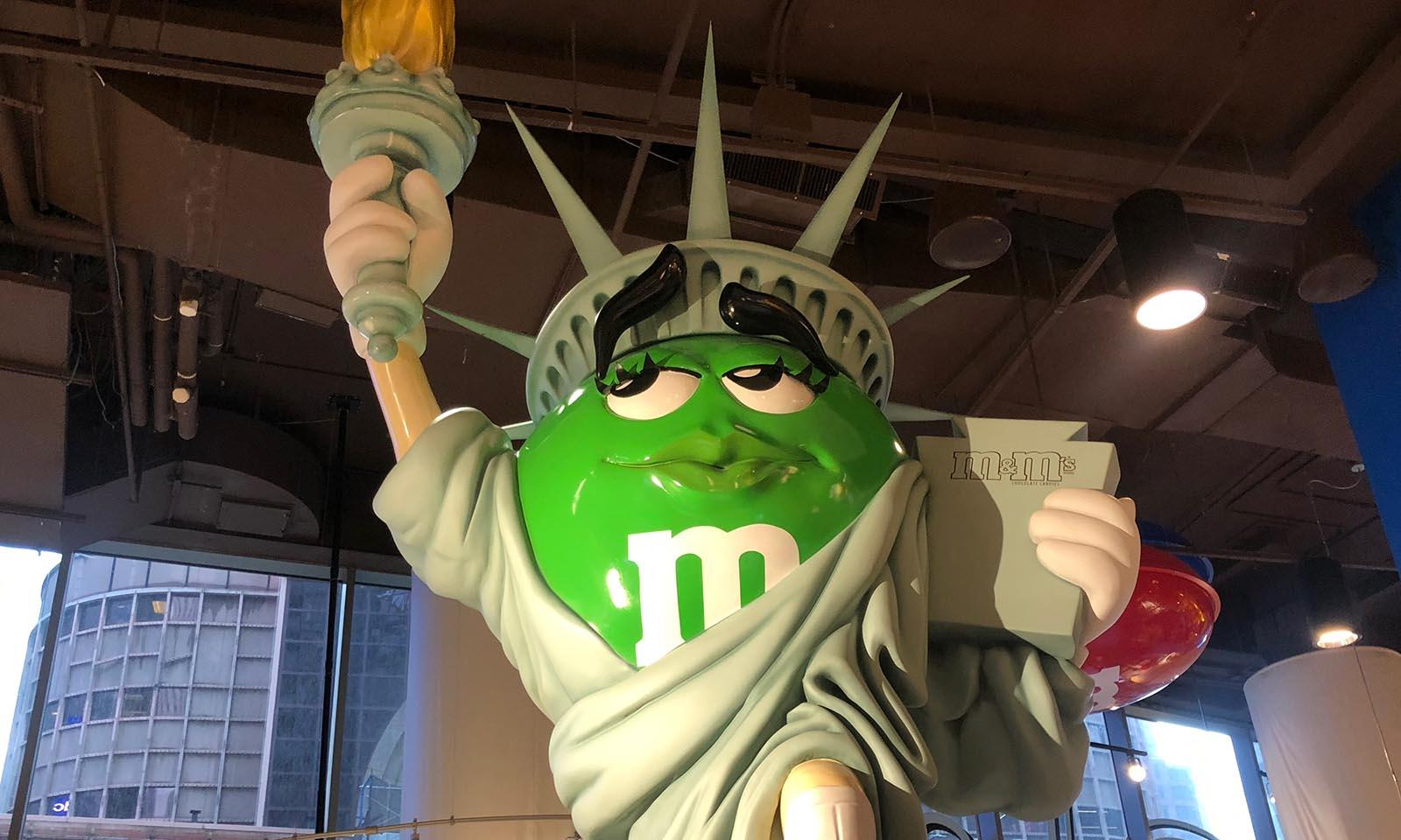 MM-Times-Square-New-York Statue of Liberty