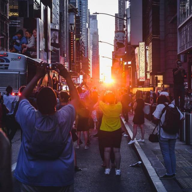 When and where to see Manhattanhenge 2020