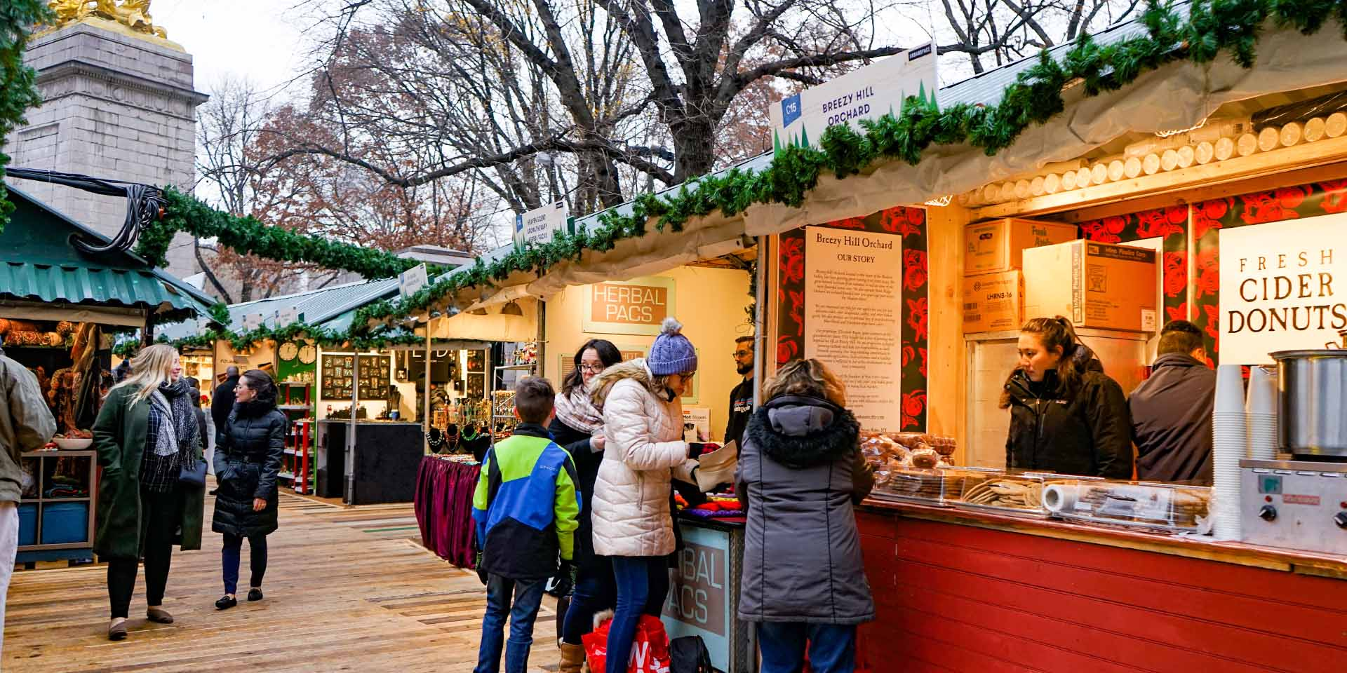 Columbus Circle Christmas Market 2020 Hours ▷ Christmas Markets in NYC | New York's Best Holiday Markets 2020