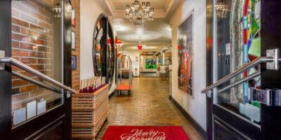 Henry_Norman_Hotel_Greenpoint_Brooklyn_New_York_Booking