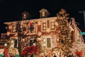 This is one of the Best Dyker Heights Christmas Lights Tours