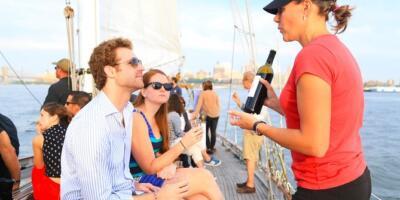 Crucero en velero con vino y queso por Nueva York