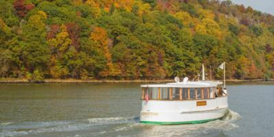 Tour en yate con follaje otoñal del río Hudson