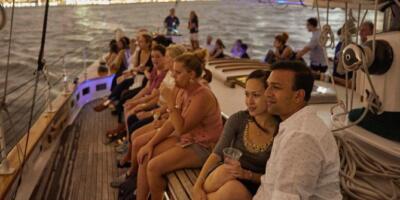 New_York_Harbor_Evening_Sail_with_Live_Jazz_VIATOR