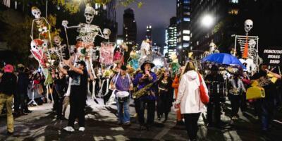 Village_Halloween_Parade_in_NYC_191101093555013